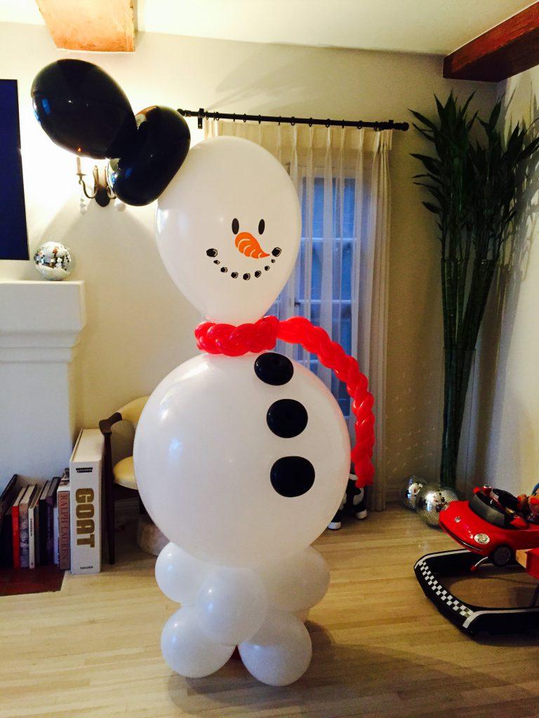 snowman balloon by The BalloonGuyLA.com