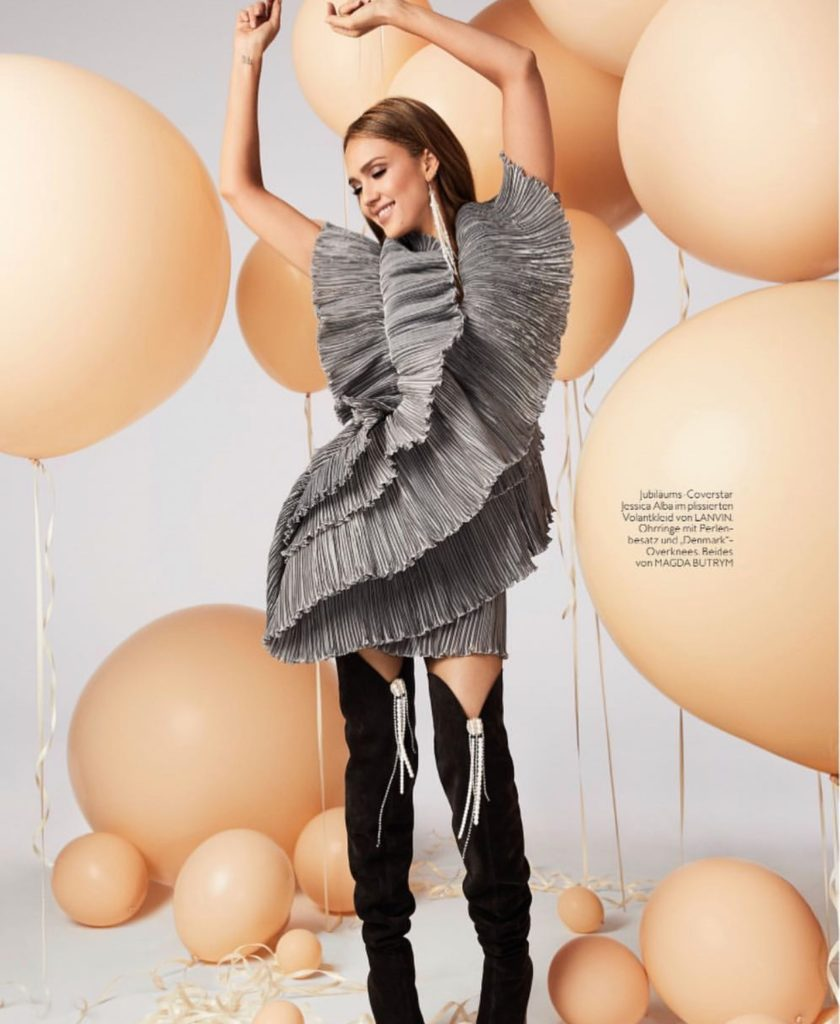 balloons for jessica alba instyle magazine by The BalloonGuyLA.com