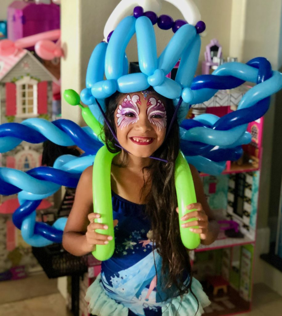 Swan Face Painting and Balloons by TheBalloonGuyLA.com